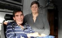 Cristãos fazem orações por ateu que pede na justiça para fazer um suicídio assistido