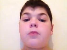 Emoção: morre garoto que publicou 'vídeo de adeus' na internet; veja as imagens