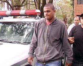 Ex-motorista do goleiro Bruno assume ser mandante de assassinato