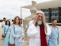 Inri Cristo pede justiça divina no julgamento do mensalão