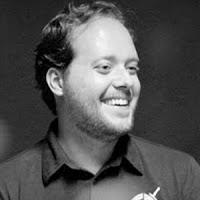 André Valadão levanta debate sobre humor no Facebook