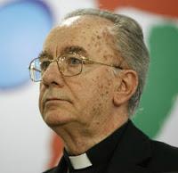 Arcebispo afirma que a internet está tirando a fé dos crentes
