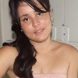 'Ex-evangélica' segue exemplo de Catarina e leiloa virgindade, as propostas já chegam a R$ 70 mil