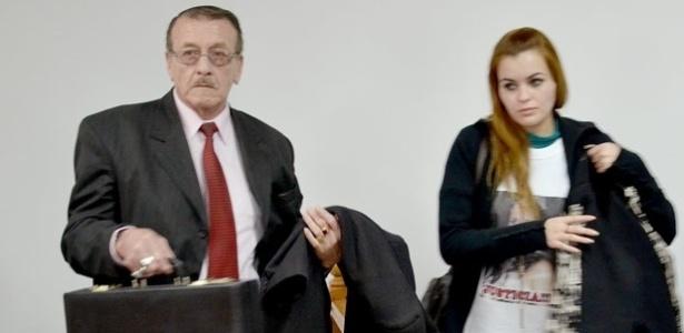 Jovem argentina irá se casar com assassino de sua irmã gêmea