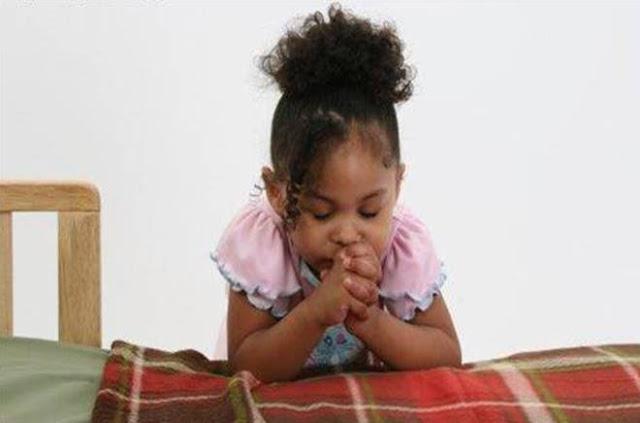 10 maneiras simples de ensinar a criança a orar