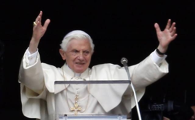 Saiba tudo sobre o último Angelus do papa Bento XVI