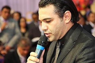 Alvo de protestos, Feliciano irá à Bolívia tratar de corintianos