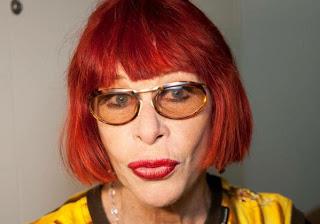 É Impressão minha ou o tal do Feliciano-racista-homofóbico, faz chapinha? Rita Lee