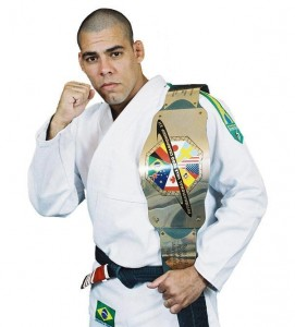 Pastor evangélico lutador de MMA tenta vaga no UFC