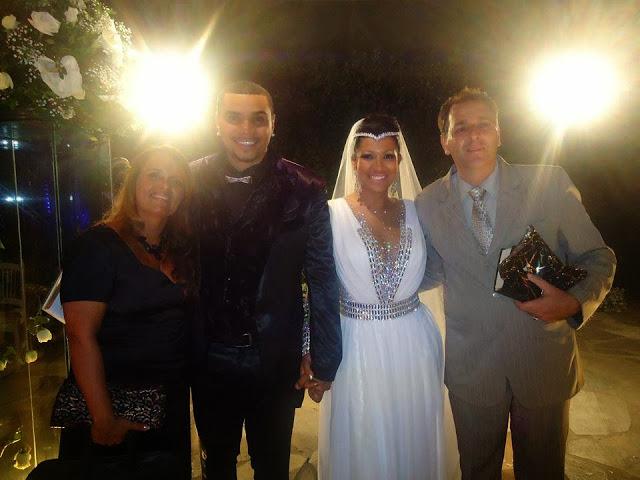 Pastor da Assembleia de Deus celebra o casamento de Naldo Benny. Confira as fotos