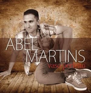 Cantor Abel Martins lança seu primeiro CD