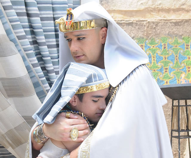 Os Dez Mandamentos: Anjo da morte chega ao Egito; veja o resumo da semana