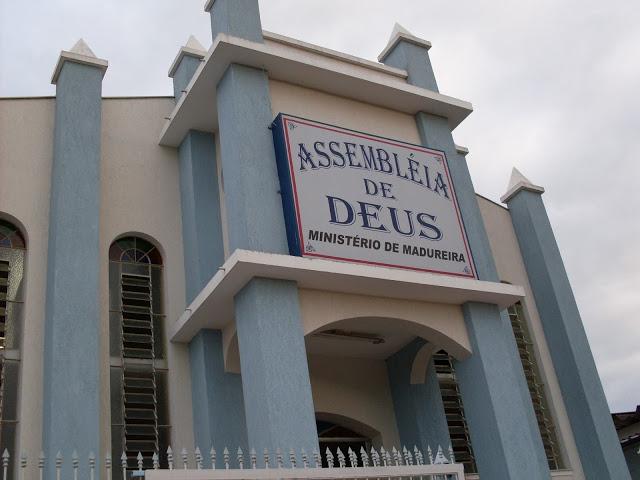 Assembléia de Deus libera divórcio para concorrer com a igreja Católica