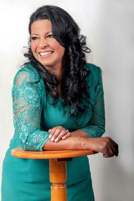 Musica gospel | Márcia Banderia, conheça a história de uma cantora gospel que não para de crescer