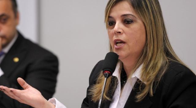 Psicóloga Marisa Lobo faz silêncio, sobre ter procurado suposta vítima de Feliciano