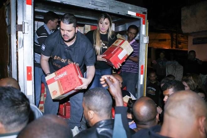"""Agenor Duque doa mais de mil cestas básicas no """"Natal Sem Fome"""" da Plenitude"""