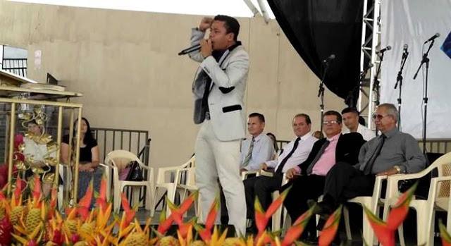 Filho de Abílio Santana se nega a pregar por R$500 reais