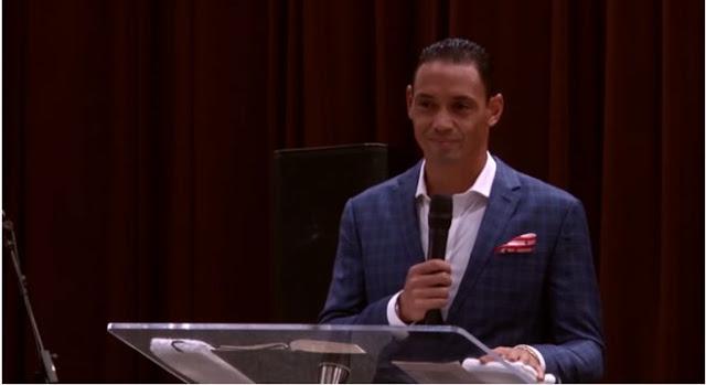 Ricardo Oliveira conta seu testemunho na Escola do Reino