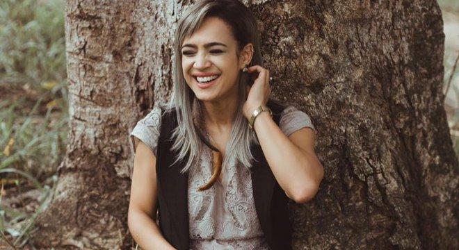 """Novo áudio tem Daniela Araújo implorando por um """"Cigarro de Maconha"""""""