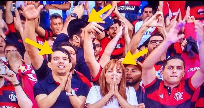 Pastora Flordelis no jogo do Flamengo