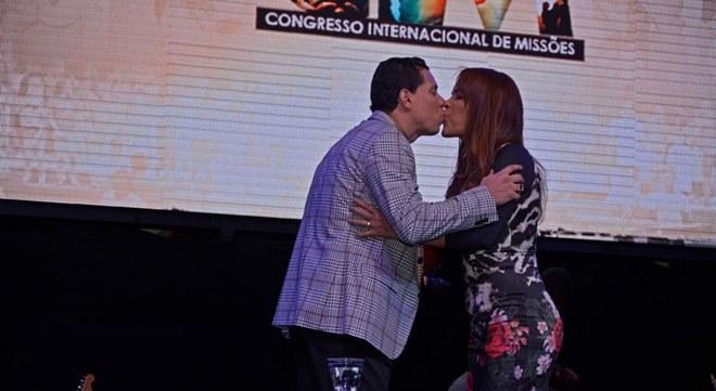 Cantora Flordelis e pastor Anderson do Carmo (Divulgação)