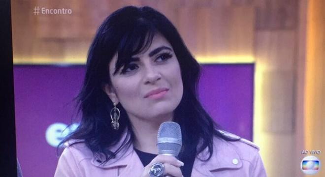 Fernanda Brum vira meme na internet após aparecer na Globo