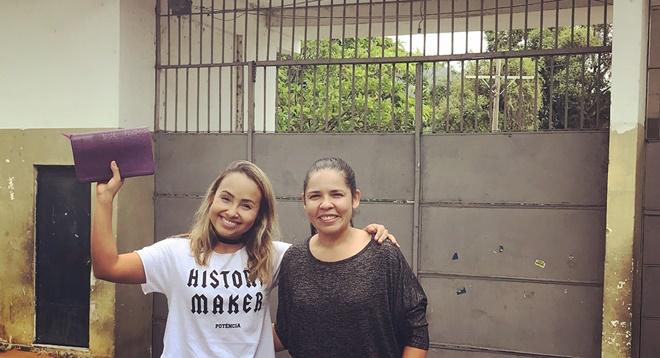 Bruna Karla dá lição de moral em cantores gospel e quebra barreira