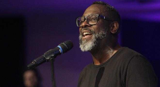 Gospel em crise: Depois de cantar no Candomblé, Kleber Lucas toma atitude inesperada