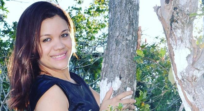 Fernanda Nascimento, a cantora que é destaque no Maranhão