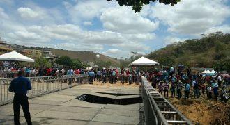 Pote cai e causa acidente na igreja de Valdemiro Santiago