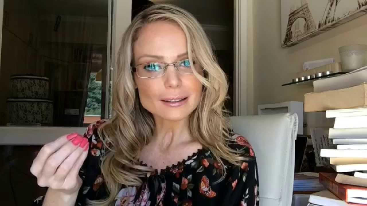 Bianca Toledo mente descaradamente em vídeo ao vivo e pede socorro aos seguidores