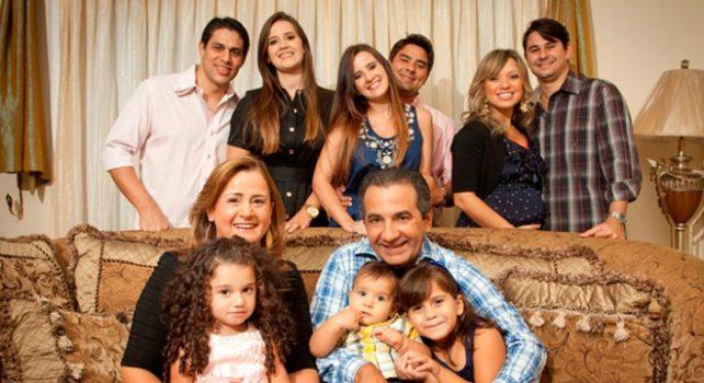 Silas Malafaia e família (Reprodução)