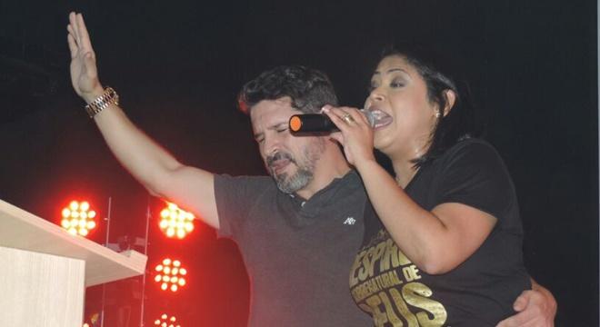 """Esposo da cantora gospel Gisele Nascimento """"detona"""" a MK publicamente"""