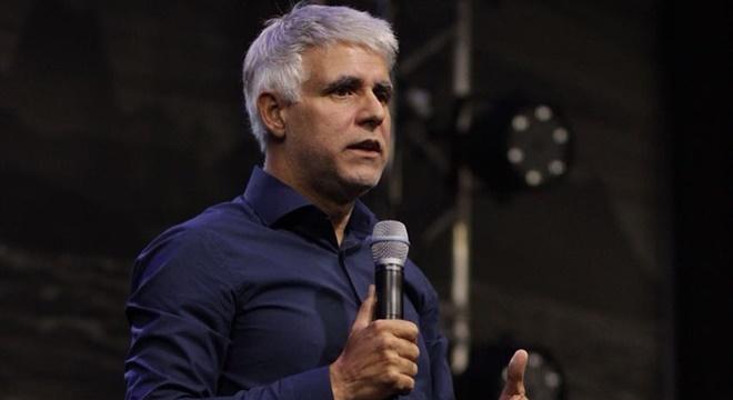 Pastor Claudio Duarte passa mal durante ministração na ADALPHA e é atendido às pressas