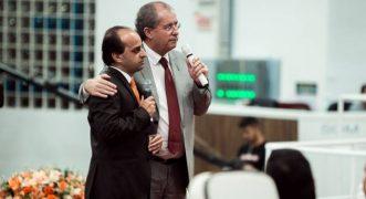 Pastor Reuel e Hueslen Santos (Foto: Matheus Martins)
