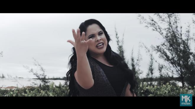 Novo clipe de Cassiane (Reprodução)