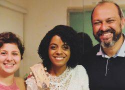 Kemilly Santos assina com a Sony Music