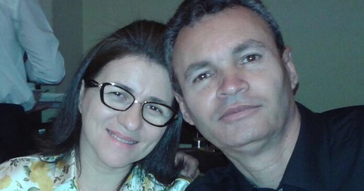 Cantora gospel Eliã Oliveira e o presbitero Erivaldo Mariano