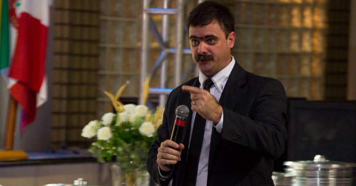 Pastor Nelquiades Fernandes (reprodução)