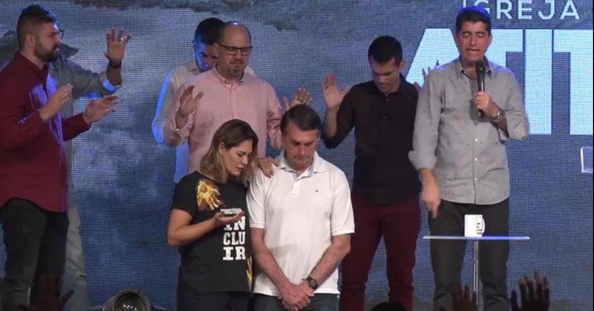 Jair Bolsonaro e sua esposa e Valandro Jr. (Reprodução)