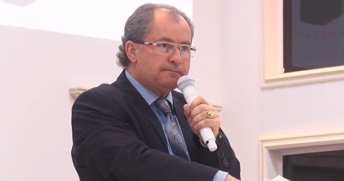 Pastor Reuel Bernardino