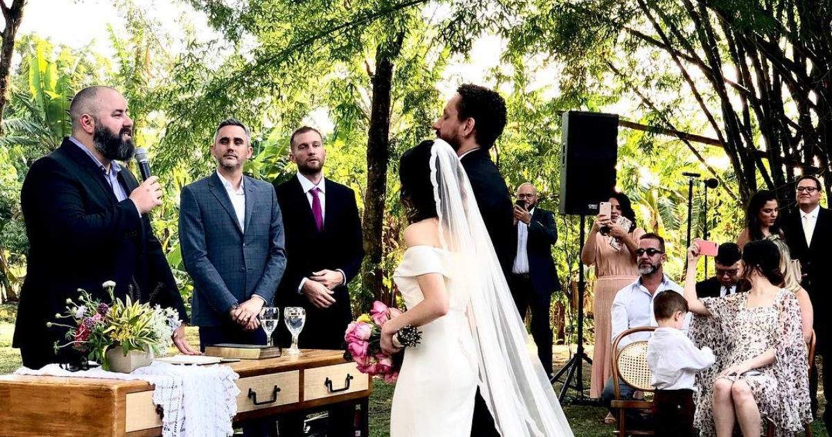 Casamento Leonardo Gonçalves e Glauce Cunha (Reprodução Instagram)