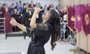 Cantora gospel Damares