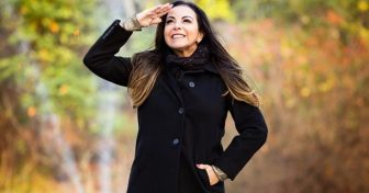 Cantora Cristina Mel