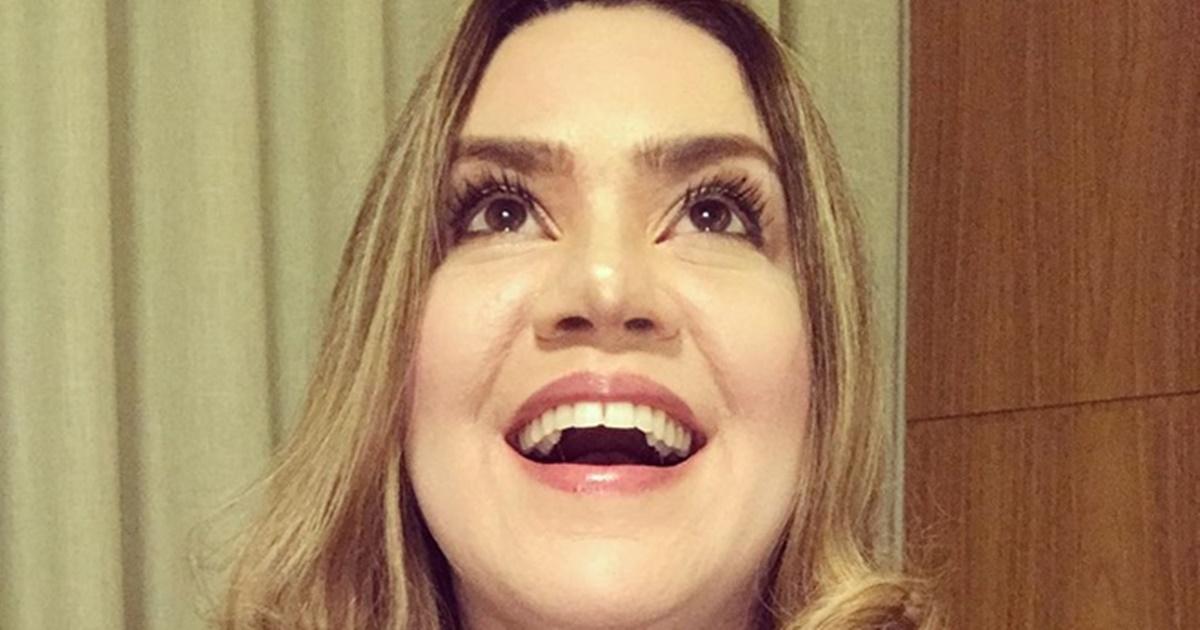 Cantora-gospel-Sarah-Farias