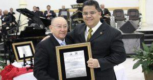 Pastor José Welington e pastor Robson Brito (Reprodução)