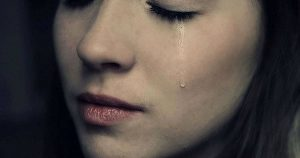 Mulher chorando (Imagem Illustrativa)