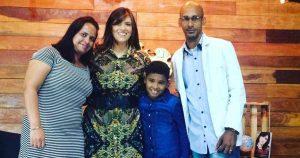 Fernanda Brum e a família de Kaiky Mello