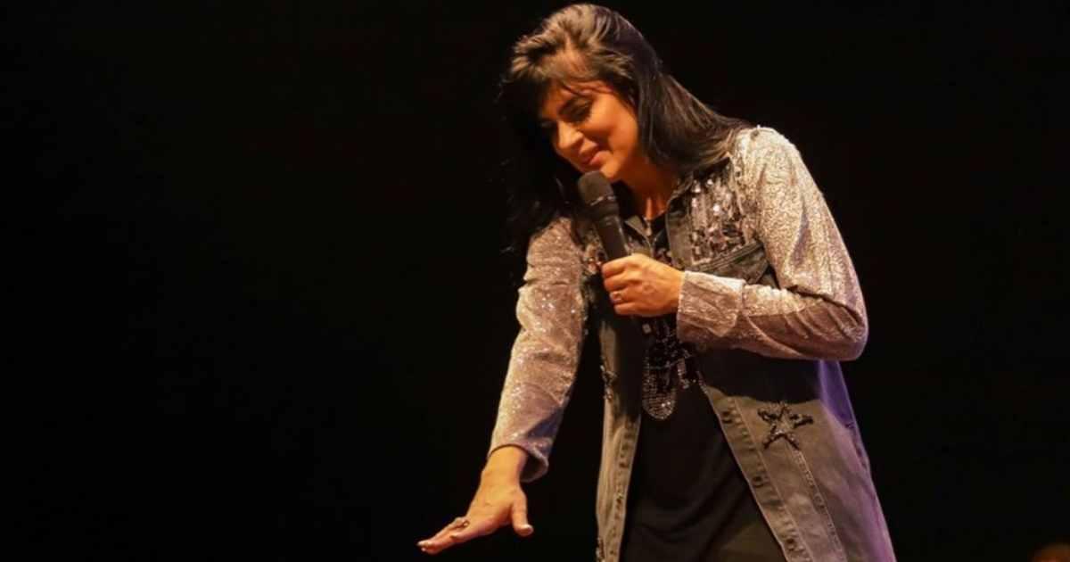 Cantora gospel Fernanda Brum