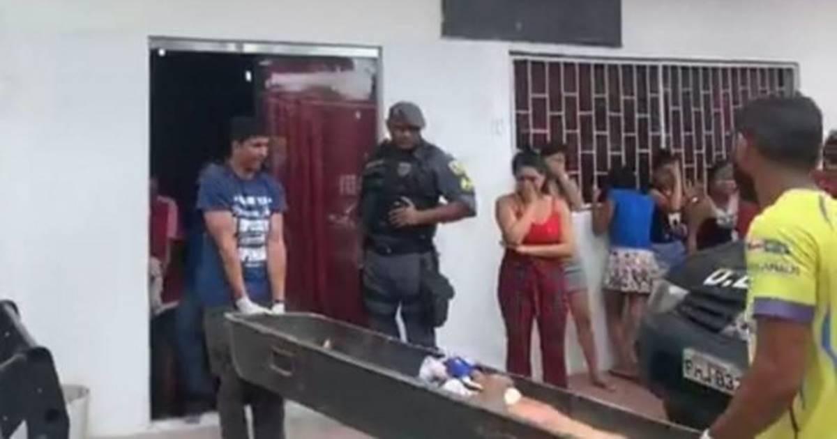 Homem assassinado (imagem da internet)